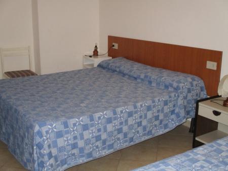 13A – Appartamento al piano terra a 250m dal mare.