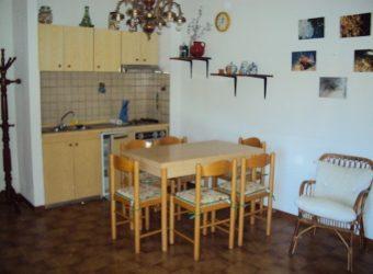 39A – Appartamento in palazzina a soli 300 m dal mare.
